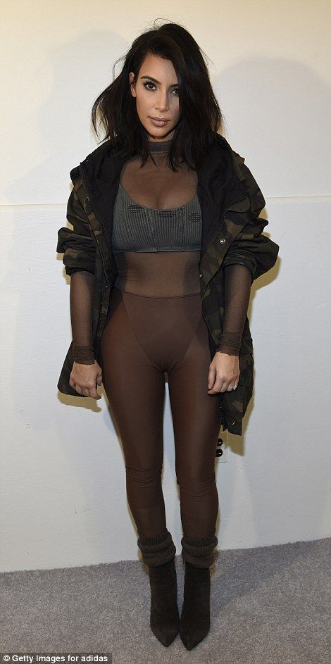 Kim_Kardashian_Yeezus